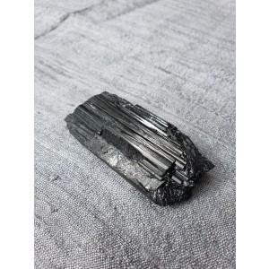 Mineral Črni Turmalin - Šorlit