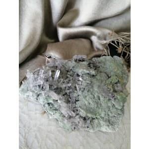 Mineral Kamena Strela in Kalcit