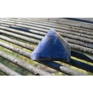 Piramida - Iolit (vodni safir)